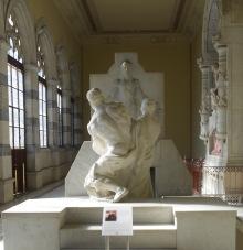 7 Panteon de Hombres Ilustres: mausoleo Canalejas