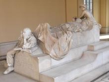 2 Panteón de Hombres Ilustres: mausoleo Sagasta