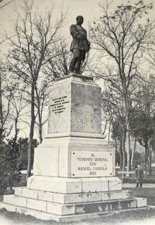 Monumento al general Cassola con el pedestal original. Foto Archivo Fundación Mariano Benlliure.