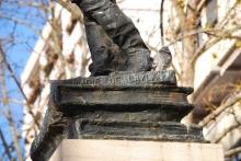 Detalle del monumento a Cervantes. Foto Arch. FMB