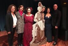 Los interpretes Anna Tonna, Gloria Londoño y Elías Romero con Elisa y Lucrecia Enseñat Benlliure y María Gallego. © AFMB