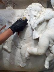 Mariano Benlliure, detalle del Mausoleo de Julián Gayarre durante los trabajos de limpieza y conservación.  Foto Fundación Gayarre