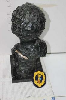 Copia del busto de un niño con la firma apócrifa lijada. Foto Archivo Subrupo Patrimonio de la Policía Nacional adscrita a la Comunidad Valenciana