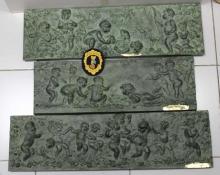 Copias de los relieves de las estaciones con la firma apócrifa lijada. Foto Archivo Subrupo Patrimonio de la Policía Nacional adscrita a la Comunidad Valenciana