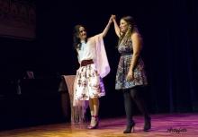 Las cantantes Nerea Elorriaga y Cristina Fernández Igea. © Riojalírica