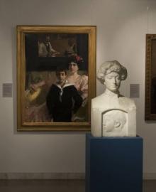 Retratos de Lucrecia Arana por Mariano Benlliure y Joaquín Sorolla en la exposición dedicada a Lucrecia Arana en el Museo de La Rioja de Logroño. © AFMB