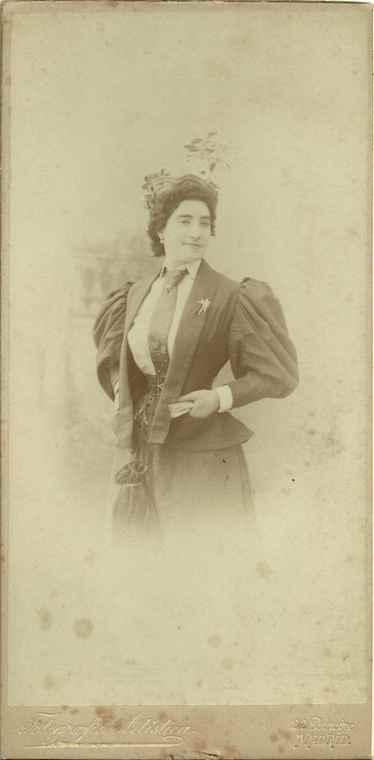 Lucrecia Arana. Foto Franzen, Archivo Fundación Mariano Benlliure