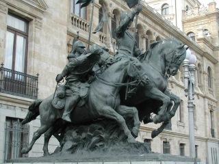 Monumento al Regimiento de Cazadores de Alcántara 3