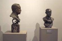 Mariano Benlliure, bustos de José Moreno Carbonero en bronce (izq) y escayola patinada color bronce (dcha). Foto Archivo Fundación Mariano Benlliure