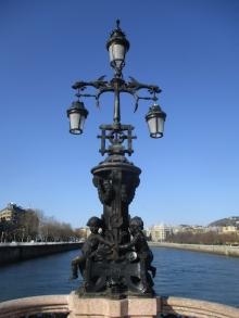 Farola del puente de María Cristina, San Sebastián. © Ayuntamiento de San Sebastián