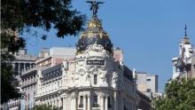 Edificio Metrópolis en el cruce de la Gran Vía y la calle Alcalá de Madrid. Foto Antonio Castro, madridiario.es