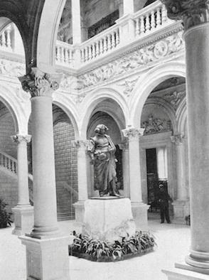 Velázauez_Pabellón de España París 1900