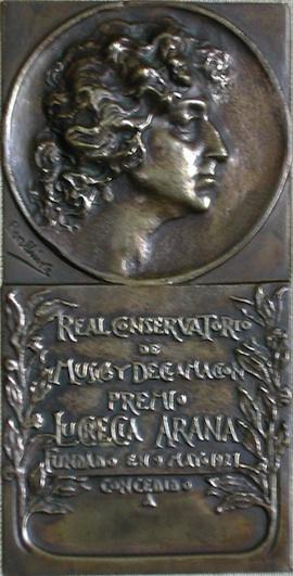 Premio Lucrecia Arana