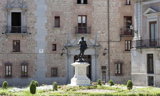 MtºAlvaroBazán-Plaza de la Villa de Madrid_MBenlliure